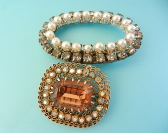 Stunning 1940/50 Brooches - Antique italian brooches - simulated pearls and dazzling crystals - Two brooches/pins for collector--art..605/3-