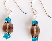 Simple smoky Quartz and Apatite sterling silver dangle earrings blue brown rondel faceted cube bali daisy classic chic classy
