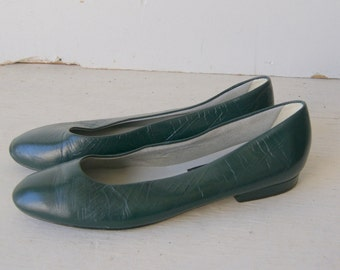 Vintage 1980s Hunter Green Leather Flats by Nina 6.5 M