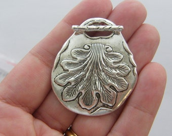 1 Leaf toggle clasp tibetan silver C5