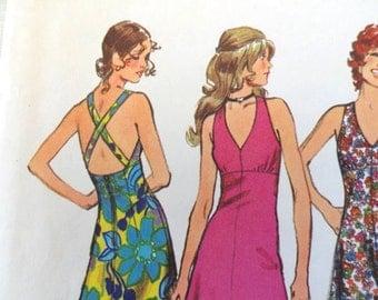1970s Halter dress pattern, open back sundress sleeveless dress Simplicity 5037, jr petite size 9 bust 33 uncut vintage retro sewing pattern