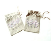 Gift bags, bridal shower party favor bags, pink flower appliqued, drawstring pouch, jewelry travel bag, linen gift bag for her, small bag