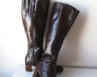 Vintage 70s Vegan Knee High Boots, Fur Lined Vinyl Boots, Size 6.5 Medium Boots, Vintage Brown Boots, SALE