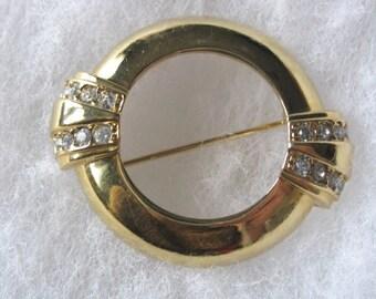 Avon gold tone & rhinestone commemorative brooch pin