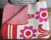 Modern Cotton Blanket, Knitted, Deco Daisy Fuschia and Burnt Mango