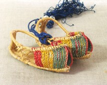Miniature Shoes , Sandals , Woven Shoes , Asian Shoes , Handmade , Basketry , Straw Shoes , Open Toed , Shoes , Little Shoes , Miniatures