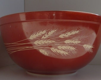 Pyrex Autumn Harvest Mixing Bowl  2.5  Quart  #403 Brown with Wheat