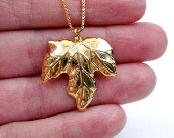 Gold Leaf Necklace Gift -- Fall Leaf Necklace -- Shiny Gold Pendant Necklace -- Maple Leaf Necklace -- Modern Leaf Necklace -3 Leaf Necklace