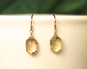 Champagne Quartz Earrings, Simple Earrings, Quartz Dangle Earrings, Drop Earrings, Lightweight, Quartz, Yellow Gemstone, Dainty, Minimalist