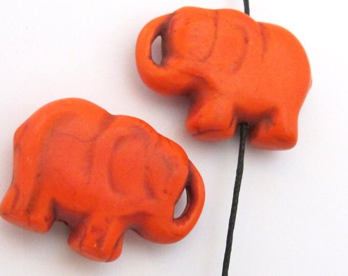 2 BEADS - Orange  howlite  turquoise elephant shape bead pendant - GM0316D