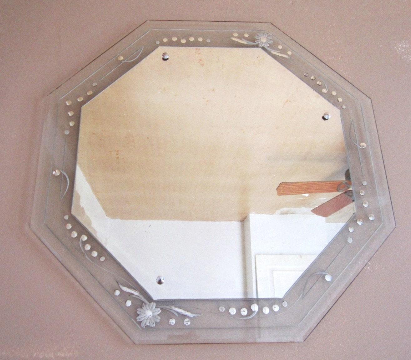 Fab Vintage Frameless Etched Octogon Mirror By Vintagemementos