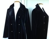 Gorgeous Designer LOU RITCHIE Long To The Ground Velvet Festival Coat Jacket With Silver Buttons