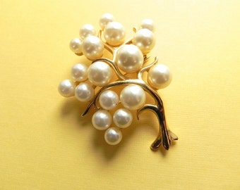 Vintage Brooch Fabulous 60s Pearl Bubble Tree Pin - on sale