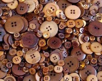 50 Brown Button Mix, Honey Caramel, Chocolate, Golden Brown, Pecan, Sewing, Crafting, Jewelry Buttons (1386)