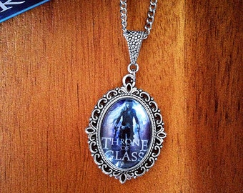Throne of Glass Necklace- Celaena Sardothien Cameo Necklace feat. the Book Cover of Throne of Glass by Sarah J Maas- Book Related Jewelry