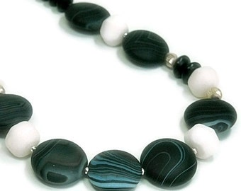 Matte Banded Agate Necklace - Graduated Jet Gemstones - White Jade - Black and White - Sardonyx - Sterling Silver - Geometric - Jet Jewelry