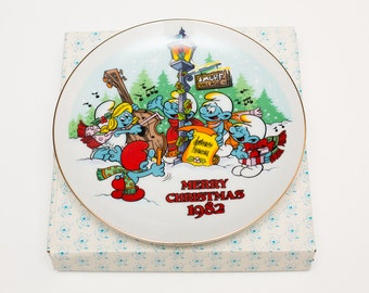 "Vintage 1982 The Smurf Carolers Merry Christmas 7"" Plate w/Box, First Edition"