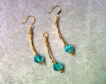 Aqua and Gold Pendant and Earrings (1088)