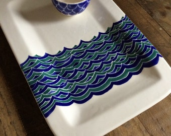 Ready to ship, rectangular platter blue and teal waves, 1 small bowl