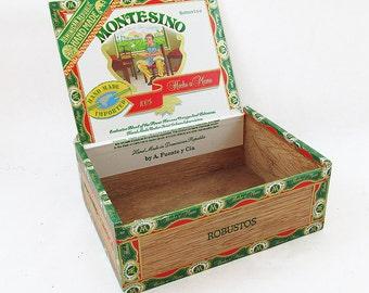 "Vintage Montesino Cigar Box  ""Nice Graphics"""