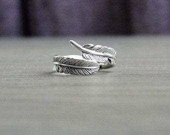 Feather ring, silver wrap ring, silver ring, long quilled feather ring, oxidized silver ring