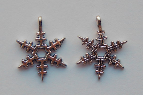 10 Pieces of Jewelry Charms - Snowflake, Winter, Snow Flakes, Pendants, Drops, Silver Color, Metal, 24mm, 2.5mm Hole Size