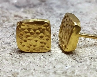 22K Gold Square Stud Earrings - Dainty Tiny SquareEarrings - Handmade Earrings - Minimalist Jewelry - Solid Gold Studs -