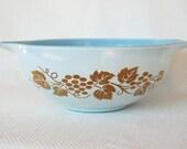 Vintage Delphite Blue Pyrex 4 Quart 444 Cinderella Bowl