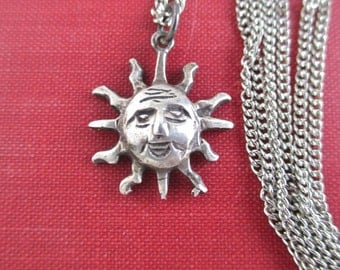 925 Sterling Silver SUN Pendant Necklace - Smiling