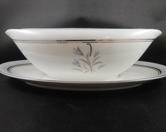 Noritake Bluebell Pattern 5558 Gravy Boat with Attached Underplate