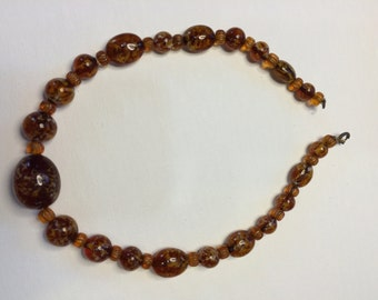 Beautiful Vintage Amber Bead Necklace