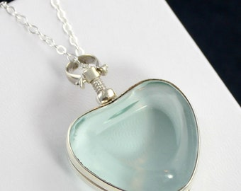 Sterling Silver Clear Glass Heart Photo Locket Necklace - Love, Heart, Gift for her, Mom, Sister, Grandmother Gift