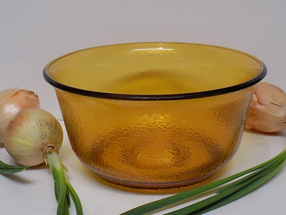 Electric Mixing Bowl ~ Vintage ge general electric harvest gold mixing bowl