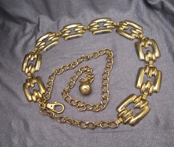 Long Linked Squares Metal Belt, Gold tone