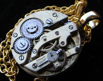 Gorgeous Gold Watch Movement  Flower Gear Steampunk Necklace Pendant Z 43
