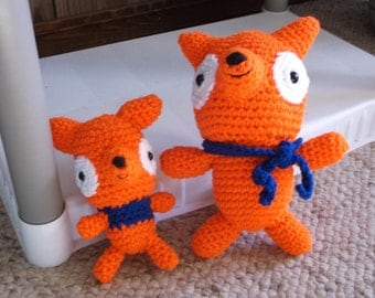 "Amigurumi Foxes - Mama and Her Baby -6 1/2"" x 3"""