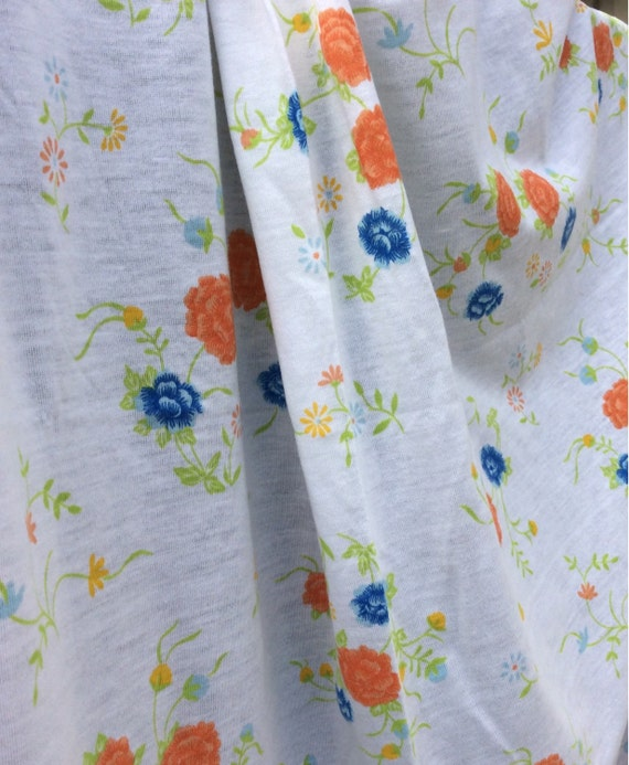 White vintage jersey fabric with floral pattern 3 4 yard for Vintage childrens fabric by the yard