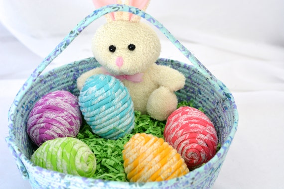 Easter Egg Ornament Set of 4, Handmade Easter Egg Bowl Fillers, Easter Egg Hunt Fun, Hand Coiled Fiber Easter Eggs