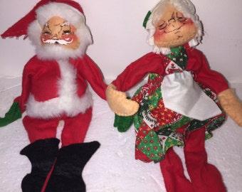 Vintage Annalee Santa Claus and Mrs. Claus