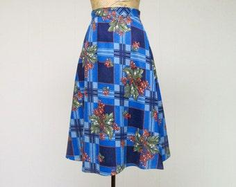 Vintage 1970s Skirt / 70s Blue Cotton Denim Floral Print Wrap Skirt / Small