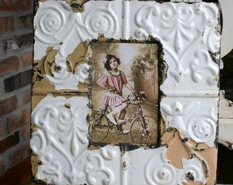 Antique Ceiling Tin Picture Frame --  4 x 6 -- Bright White Paint with Pretty Scroll Design