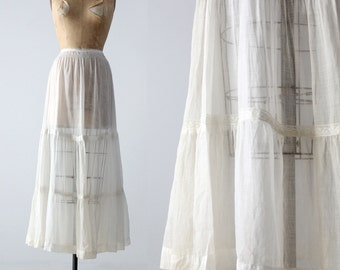 Victorian petticoat, antique white skirt