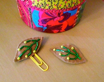 Beaded Leaf Bookmark and Hair Clip Set
