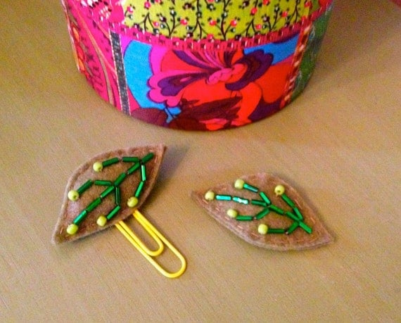 Beaded Leaf Bookmark and Hair Clip Set