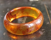 Root Beer Swirls BAKELITE Bracelite. Vintage Bangle.