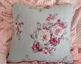 Vintage linen pillow ROBINS EGG BLUE with lovely cabbage roses