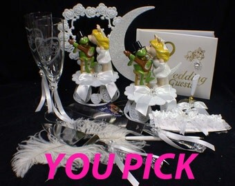 Miss Piggy Kermit the Frog Wedding theme Wedding Cale Topper or Glasses, Knife set or Guest Book Mupphets