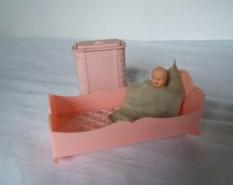Vintage Renwal Cradle, Baby and Hamper in Pink