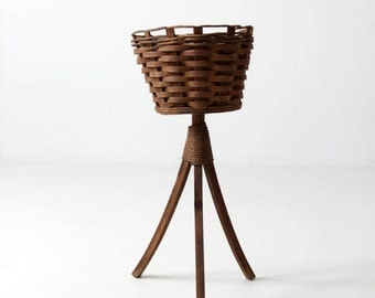FREE SHIP  vintage plant stand, woven basket planter
