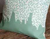 Classic Chicago Skyline Pillow, Removable Cover with insert (14x14) Seafoam Green | Great Gift